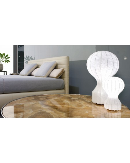 Gatto table lamp
