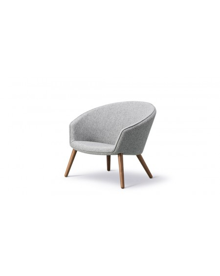 Ditzel Lounge Chair - Hallingdal 130, walnut