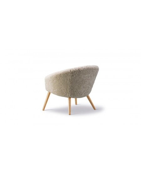 Ditzel Lounge Chair - Sheepskin by Fredericia, soap oak
