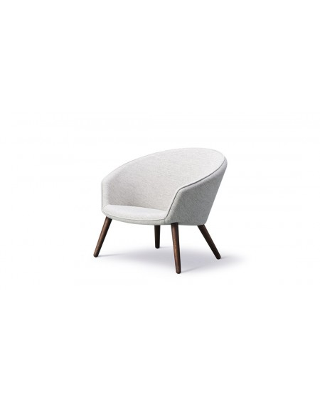 Ditzel Lounge Chair - Hallingdal 110, smoked oak