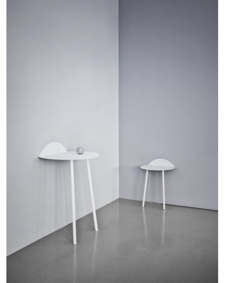 Yeh Wall Table