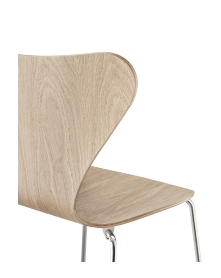 Series 7TM chair 3107 natural veneer